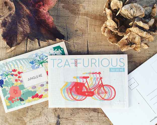 cartes postales en bois